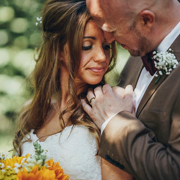 Expert Makeup Artist for Brides| Amanda White Hair and Makeup Professionals