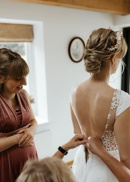 Stylish Wedding Hairstyling In Surrey and the Home Counties
