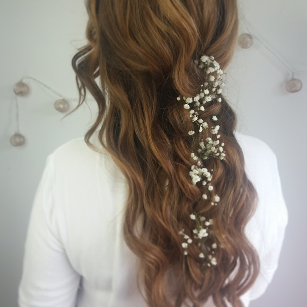 Relaxed Boho Hairstyling for Brides to Be | Wedding Hairstyling Team based in Berkshire | Amanda White