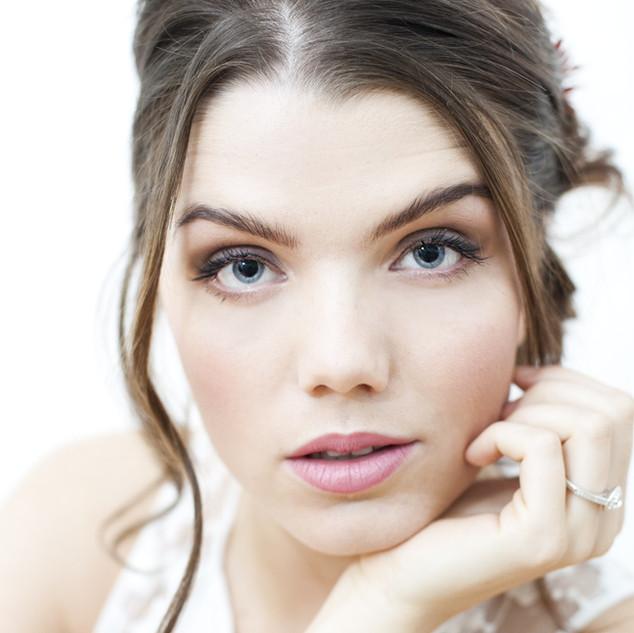Surrey bridal hairstylist   Amanda White