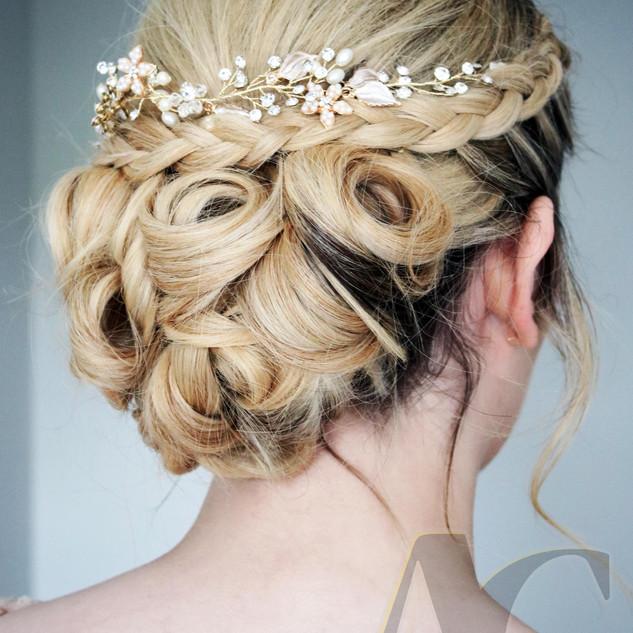 Twisted Bridal Hair | Wedding Hairstyle Ideas | Amanda White