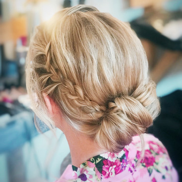 Modern Hair Up Ideas For Brides to Be | Professional Hairstylist Amanda White