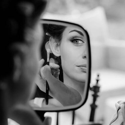 Wedding Expert Amanda White gives her Top Tips on Becoming a Makeup Artist