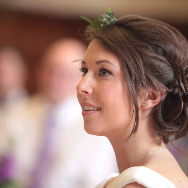Messy Wedding Hair Ideas | Amanda White and Team.