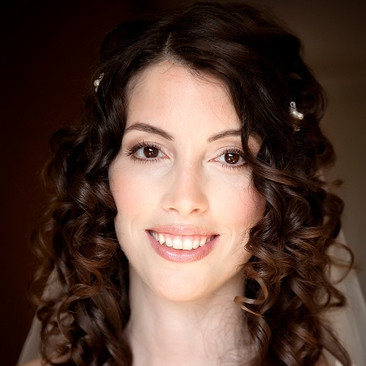 Natural Bridal Makeup for your Wedding in Berkshire | Amanda White