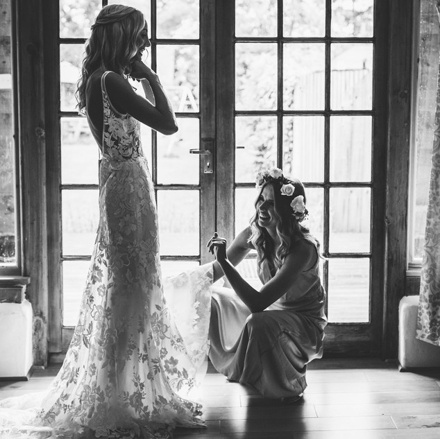 Fashionable Modern Hair and Makeup| Bridal Hair and Makeup Artist | Amanda White