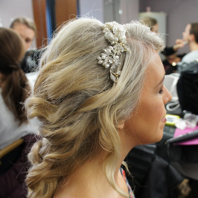 Textured Bridal Hairstyles Half up| Amanda White