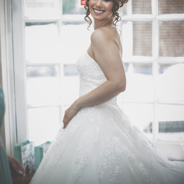 Timeless Hair and Makeup | Professional Hair and Makeup Artist Amanda White based in Oxford