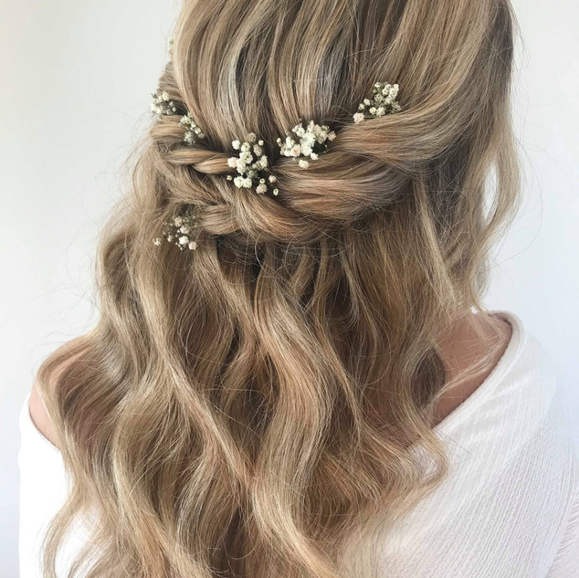 Relaxed Boho Hairstyling for Brides to Be | Wedding Hairstyling Team based in London | Amanda White