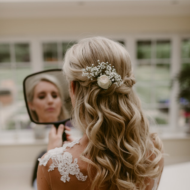 Surrey basedMakeupartists committed to making you look and feel gorgeous on yourweddingday.Weddinghair andmakeupteam with flawless results.