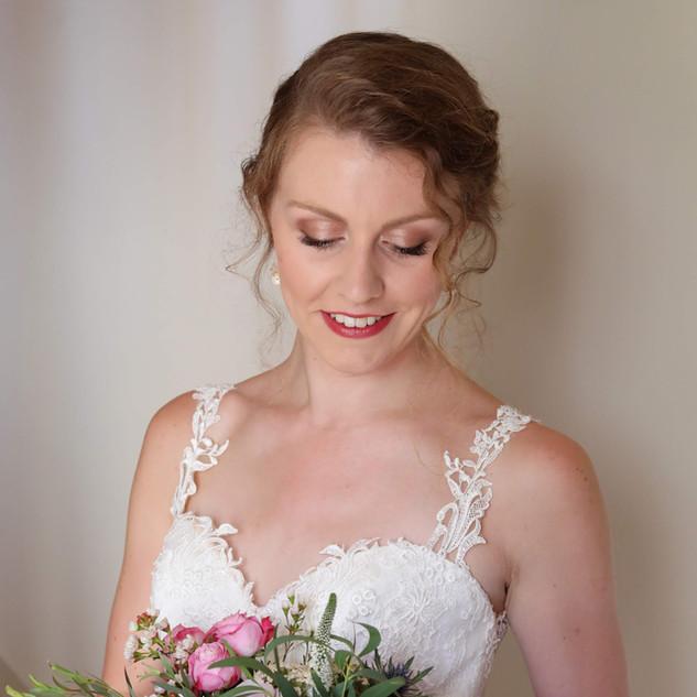 Surrey makeup artist   Amanda White