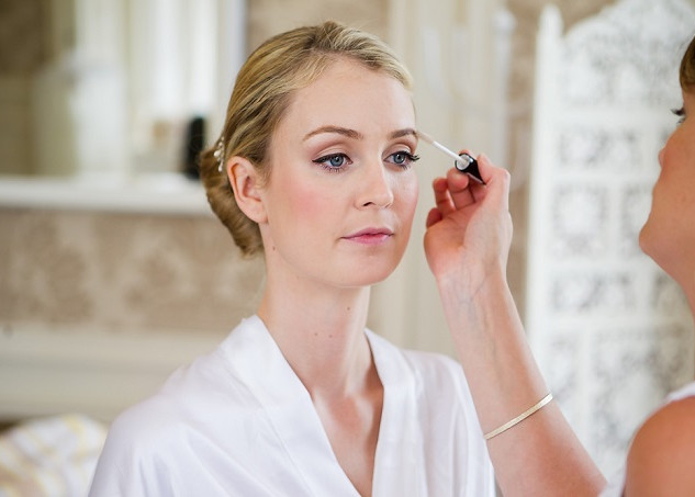 Natural Bridal Makeup for your Wedding in London | Amanda White