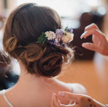 Floral Hair Ideas for Your Wedding | Bridal Hairstyling | Amanda White