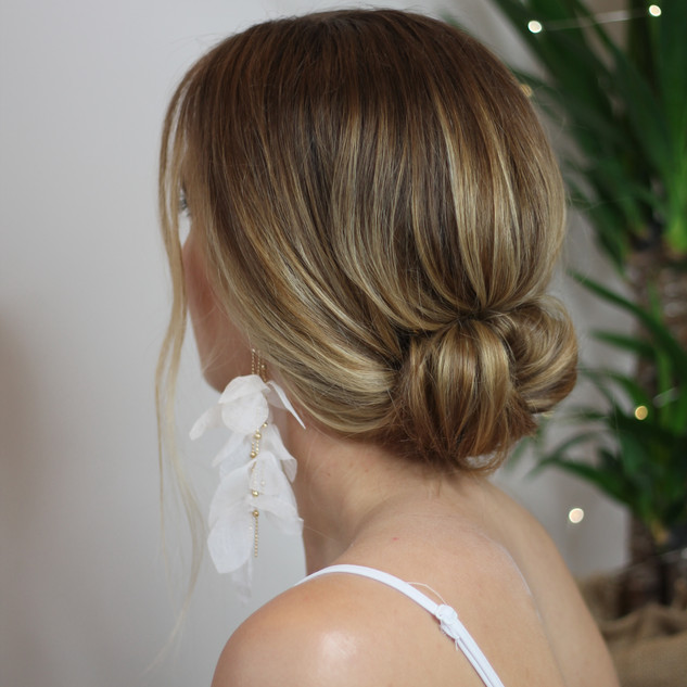 Low Key Bun | Bridal Hairstyle Treands| Amanda White