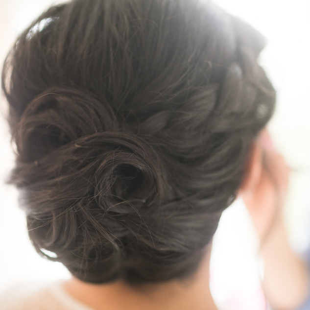 Textured Knotted Hairstyle | Bridal Hair Ideas | Amanda White