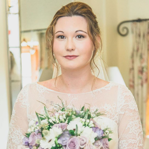 Experienced Hair and Makeup Artist | Amanda White based in Surrey