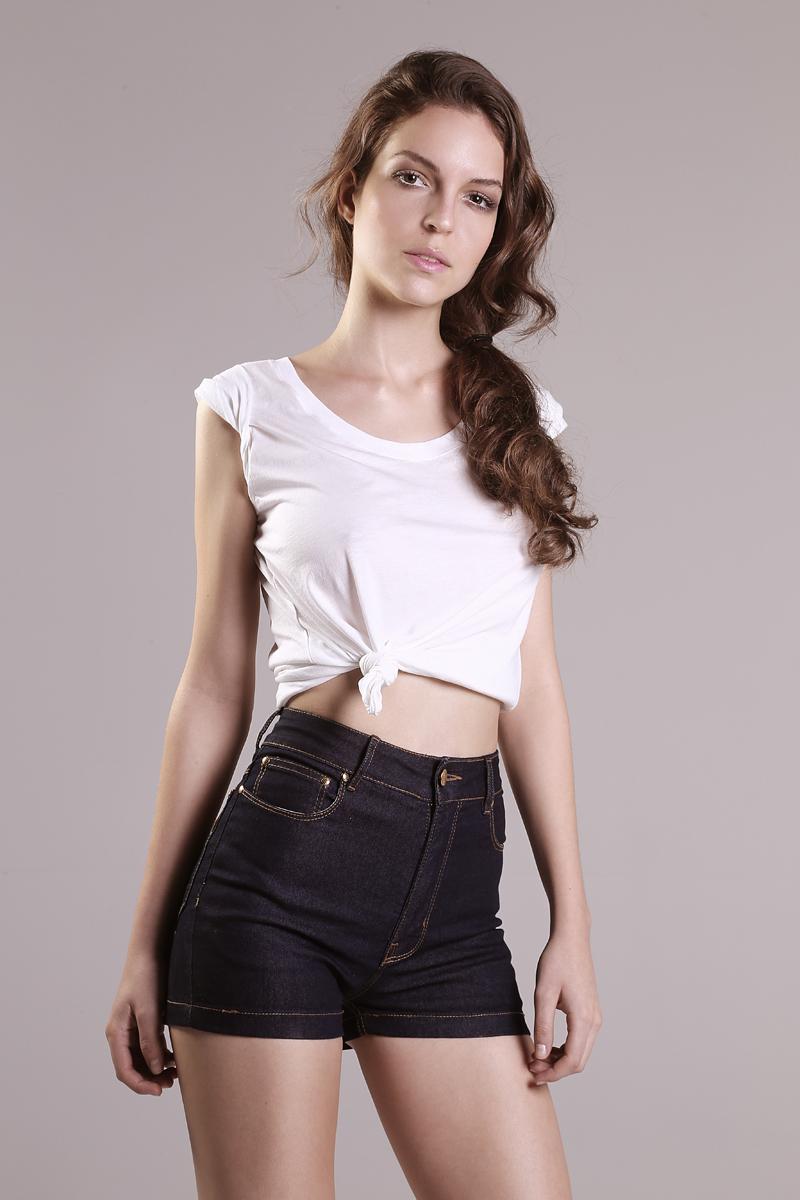 Thais Cardoso (way model)