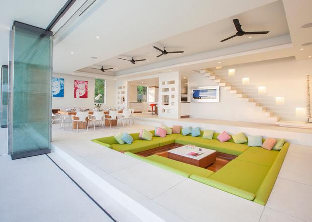 20120811-Living room-002.jpg