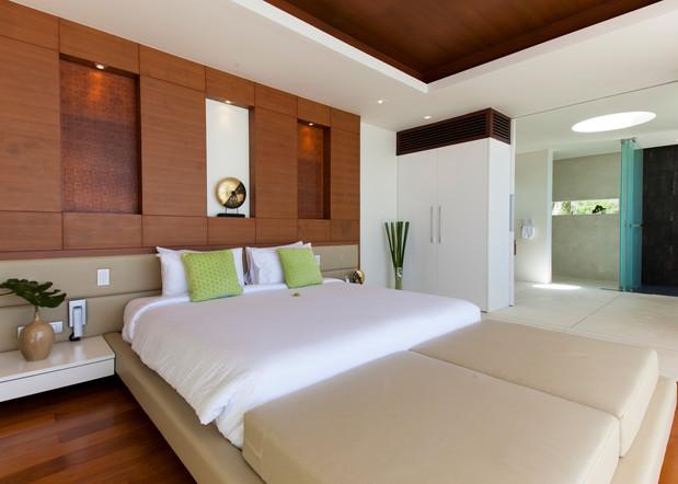 20120812-Bedroom 2-002.jpg