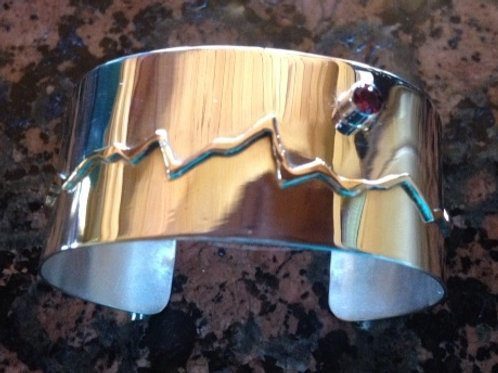 Sterling Silver Teton Bracelet with Garnet