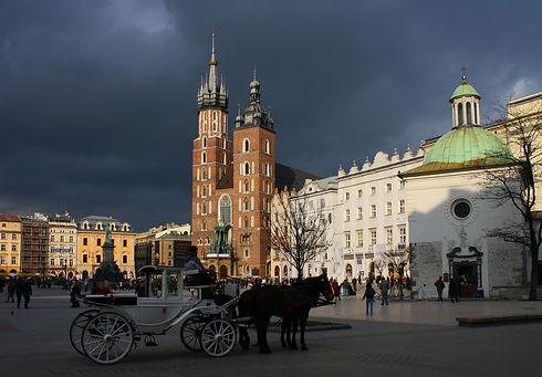 Rynek_Glowny_w_Krakowie.jpg