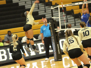 Rising Sophomore Crowder is Off to a Hot Start for Volleyball