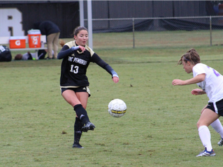 Soccer Finishes Regular Season Undefeated at Home