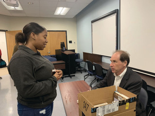 Tony Bartelme Visits UNCP's Dial Building to Discuss About his book on Surgeons in Tanzania