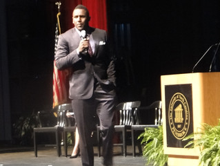 Leach, Thomas Speak at Entrepreneurship Summit