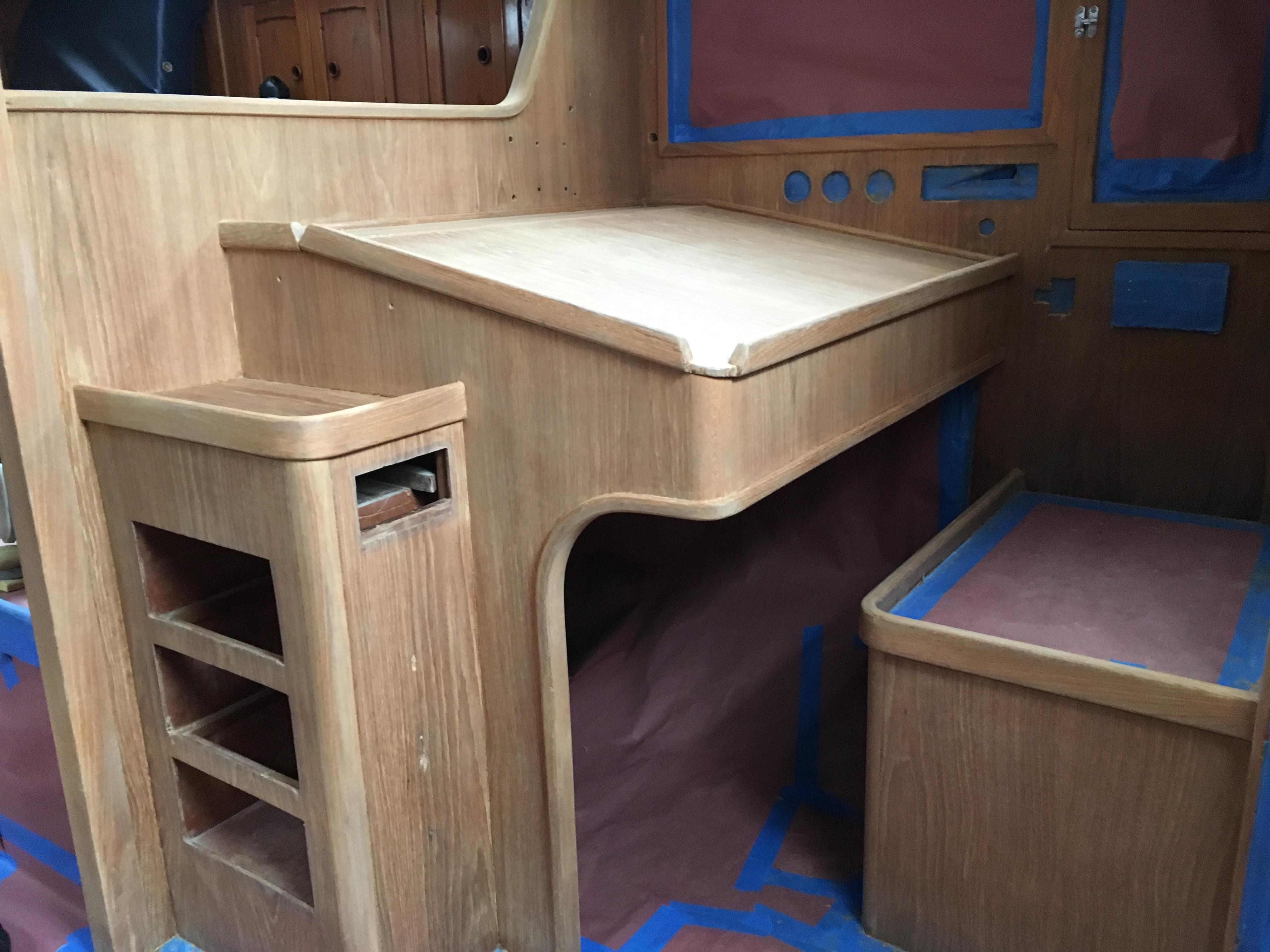 Interior varnish