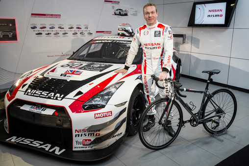 Sir Chris Hoy goes racing on 4 wheels.