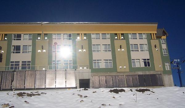 Inn at Big White hydronic solar