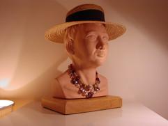 Tête au chapeau
