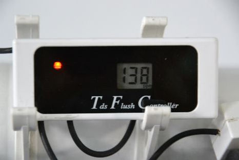 TDS meter and flush controller