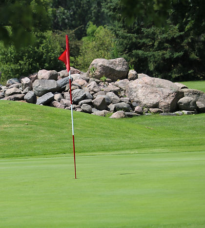 Six Foot Bay Golf