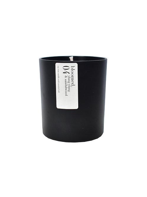 04 ylang ylang & sandalwood soy wax candle