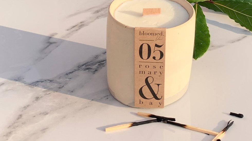 05 | Rosemary & Bay Jesmonite Candle