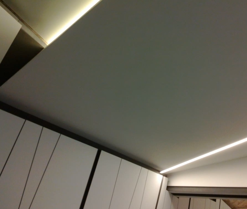 Retro illuminazione  soffitto