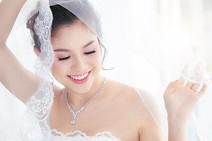 AdobeStock_285751612-Bride.jpeg