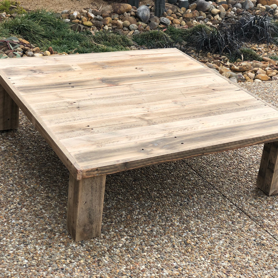 Upcycle Pallet Lowline Table