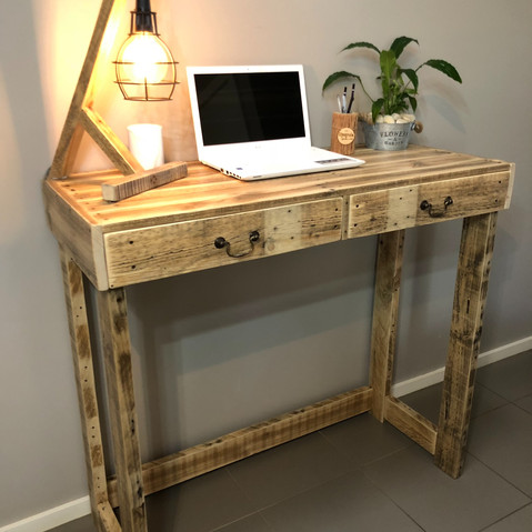 Upcycle Pallet Standing Desk with drawers