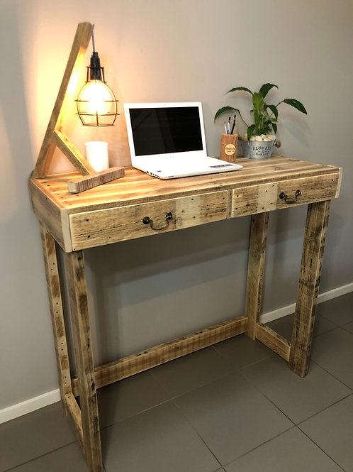 Upcycle Pallet Standing Desk