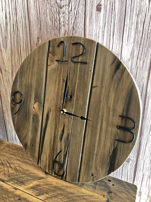 Round Style Pallet Clock