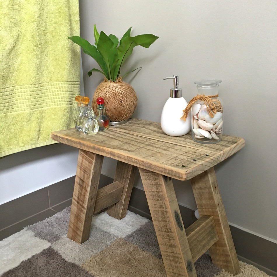 Upcycle Pallet Milking Stool