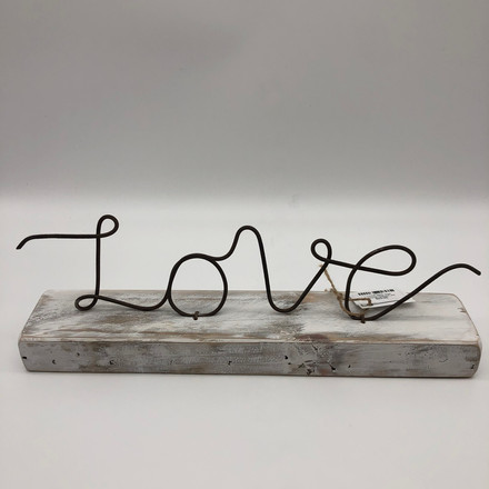 Love wire standing sign
