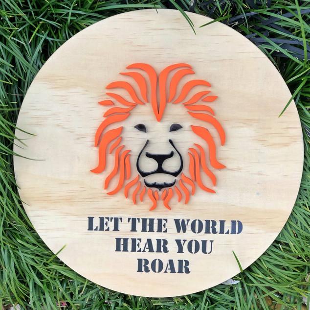 Lion Round