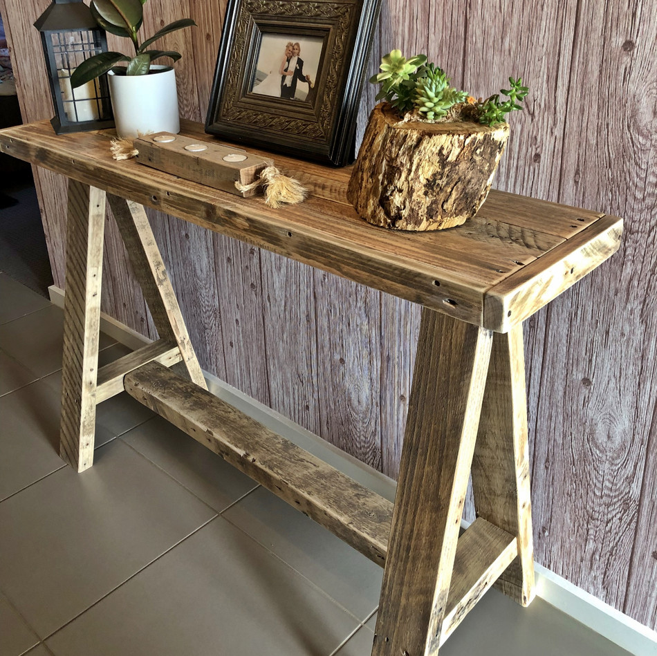 Upcycled Pallet Hall Stand