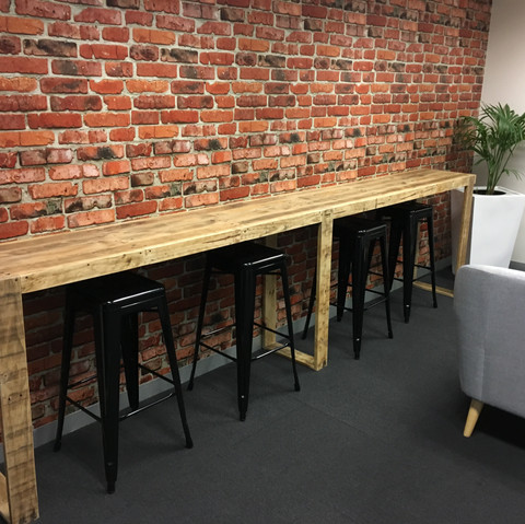 Upcycled Pallet Breakfast Bar