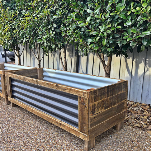 Upcycle Pallet and metal planter box