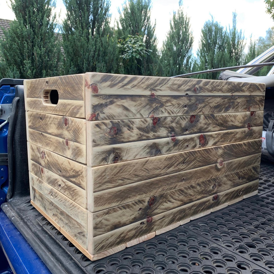 Upcycle Pallet Storage Box with inset lid